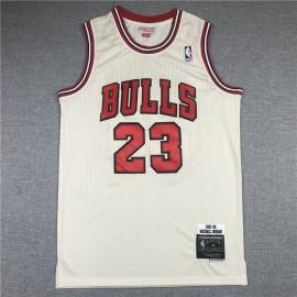 Camiseta Michael Jordan #23 Chicago Bulls 1995/96 Beige Hardwood Classics
