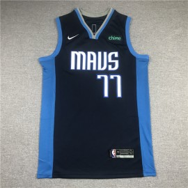 Camiseta Luka Doncic #77 Dallas Mavericks Azul Earned Edition